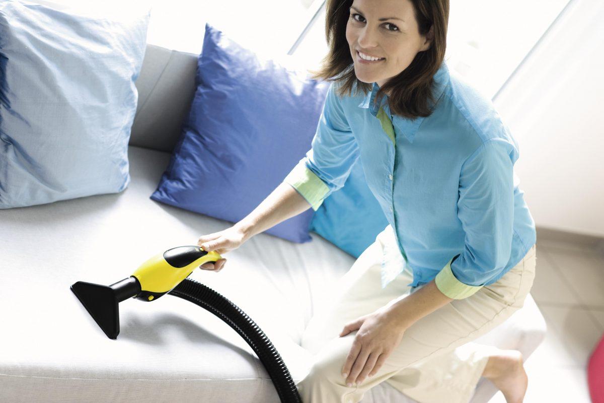 Как почистить матрас в домашних условиях от мочи