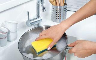 Как быстро очистить кастрюлю от пригоревшей пищи