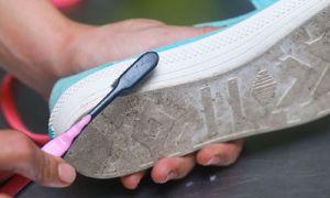 Как отмыть белую подошву на кроссовках и кедах