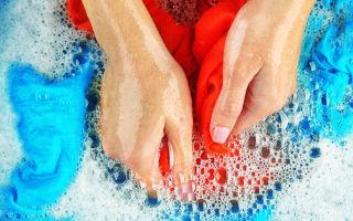 Как правильно и быстро стирать вещи вручную