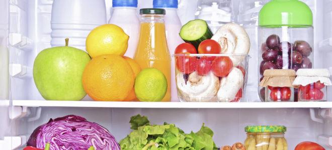 Как быстро избавиться от запаха из холодильника: поверенные способы
