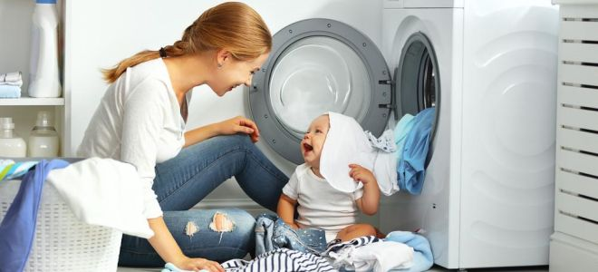 Правильная стирка одежды для новорожденных