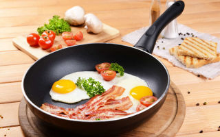 Как отмыть сковороду с антипригарным покрытием быстро и легко