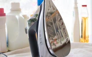 Как правильно очистить утюг и его подошву