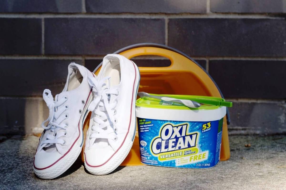 Кроссовки и стиральный порошок