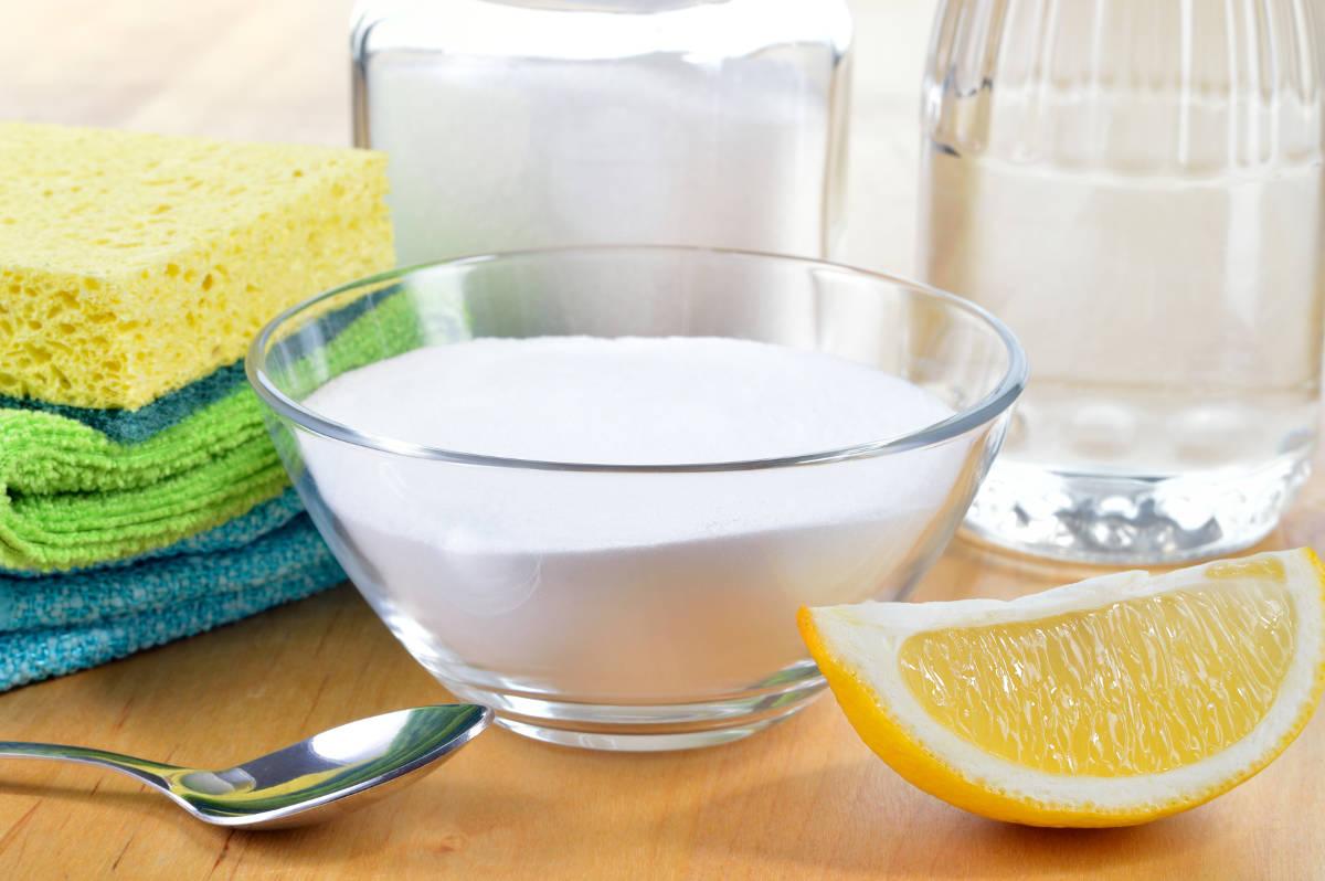 Сода, лимон и губки