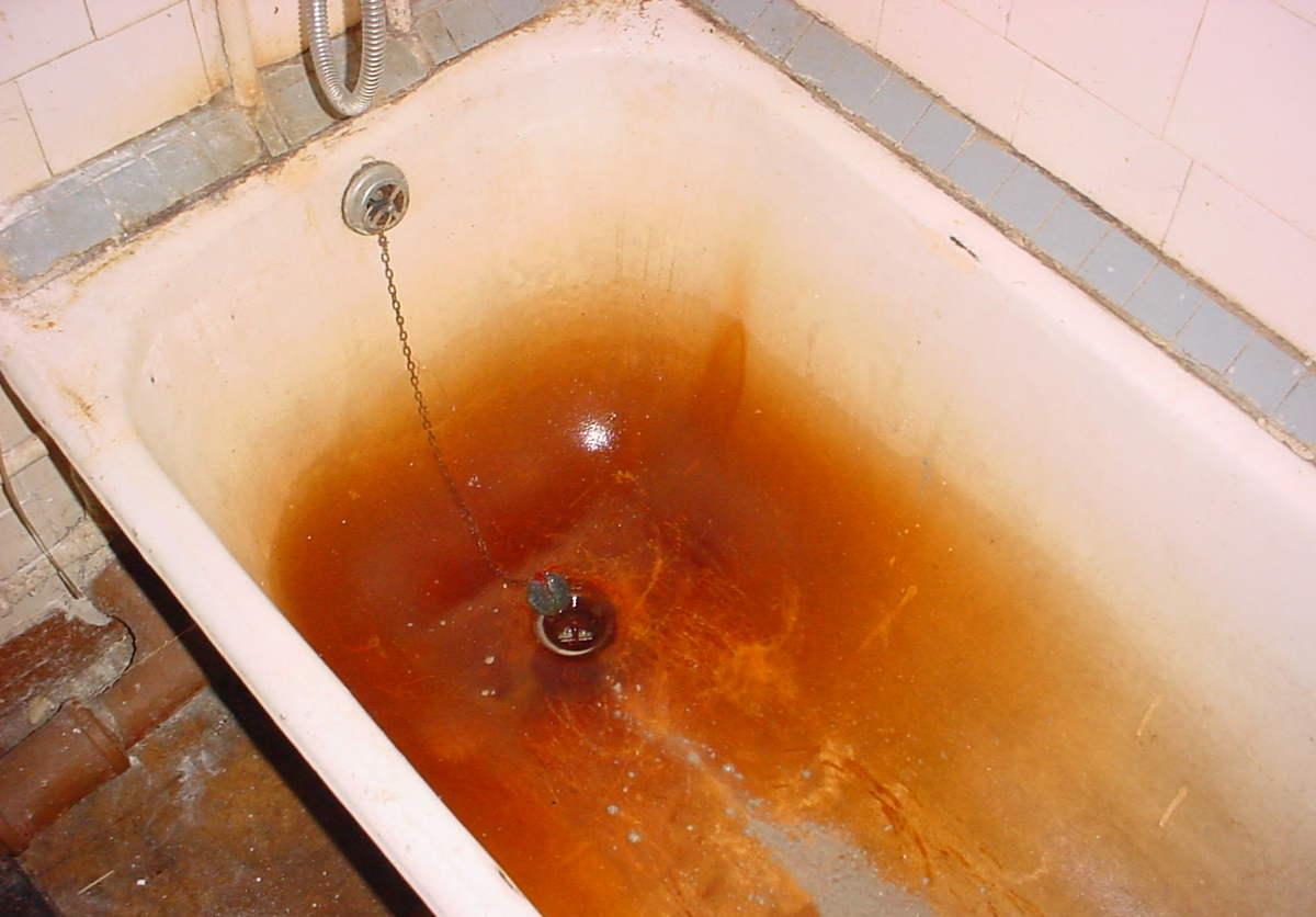 Ржавчина в ванне