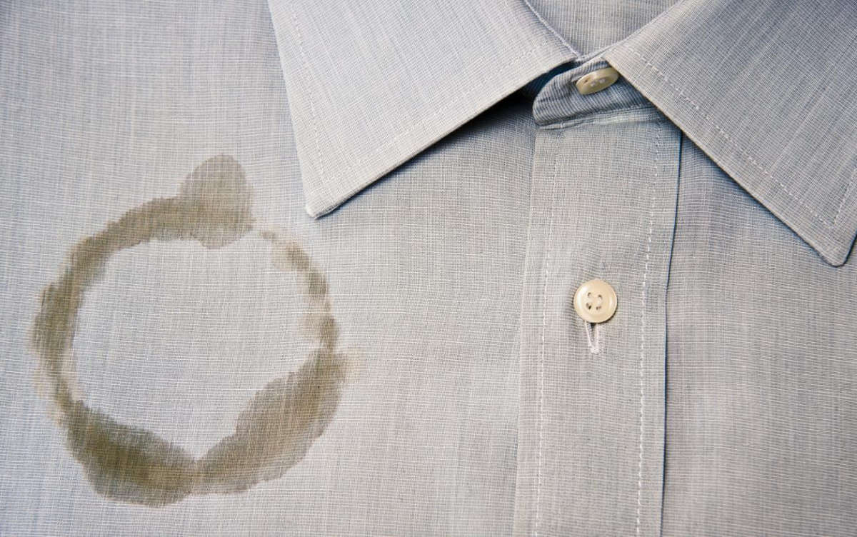 Пятно на рубашке