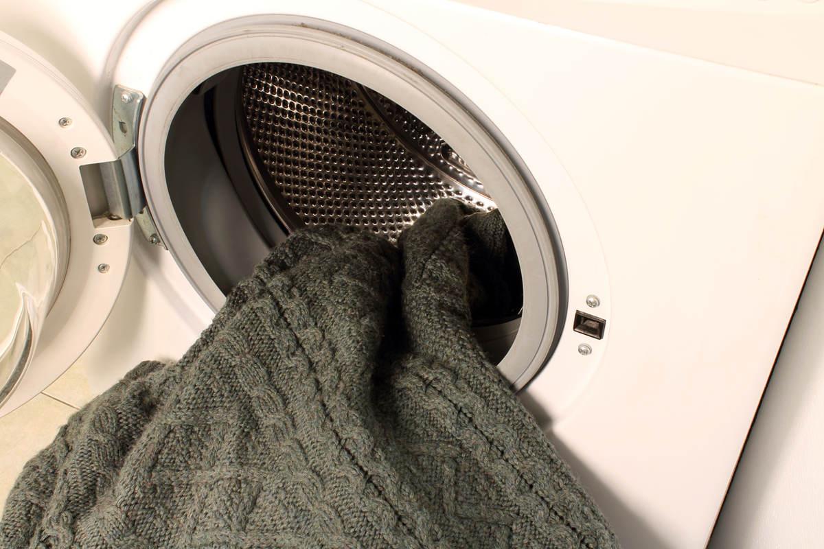 Шерстяной свитер в стиральной машине