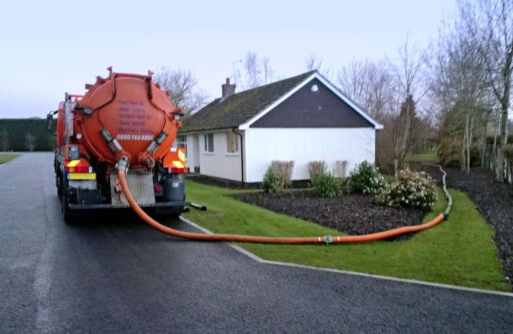 Прочистка канализации в доме